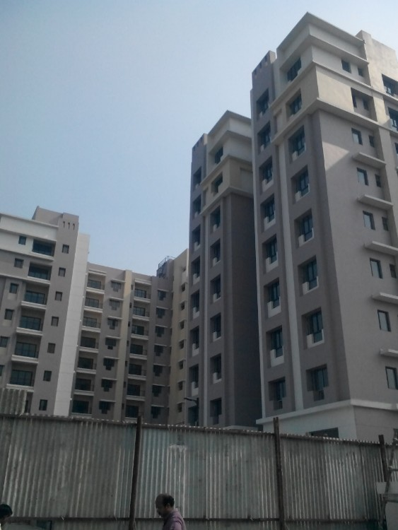 2 BHK Flat  at ACTIVE GREEN, EM Bypass